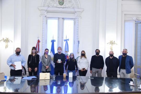 Javkin firmó un convenio con Sadop Rosario para capacitar en temas de ambiente a docentes del gremio