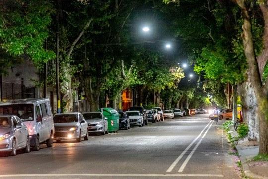 Javkin inauguró la nueva iluminación led en barrio Arroyito