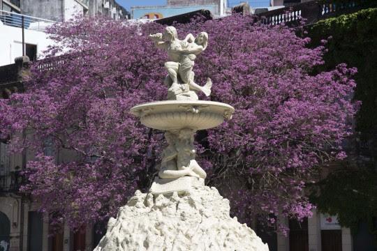 Renace un ícono urbano: la Fuente de las Utopías renueva su esplendor